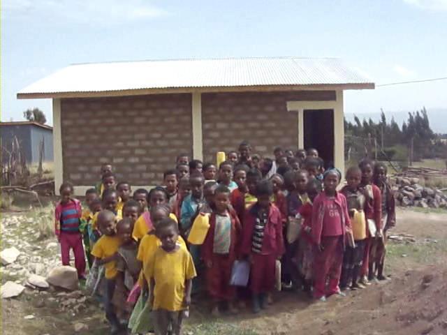 group of ehiopian children waving